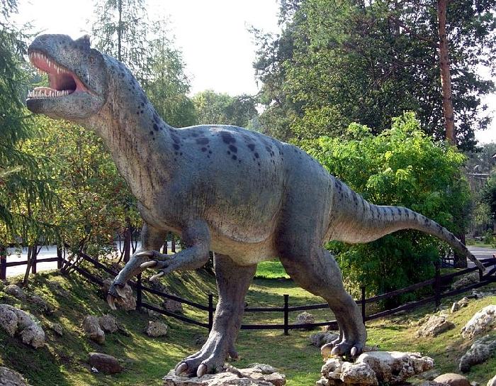 DinoPark-Rasnov-700x375