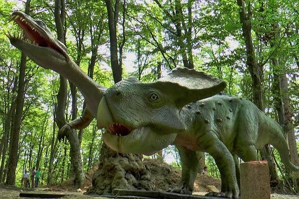 Parc dinozauri Rasnov